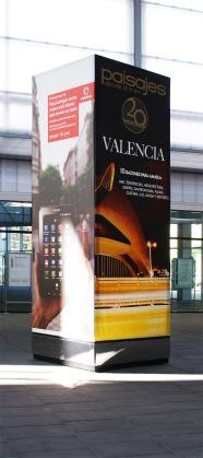 Cubo de 4m de Valencia con mi anuncio.